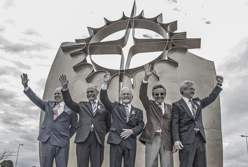 Homenaje en Dolores en 2014 al cumplirse 30 años del cruce del océano en balsa.
