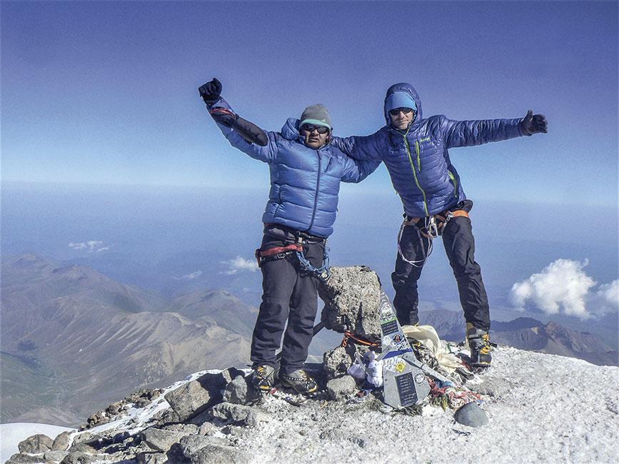 En la cumbre del Elbrus