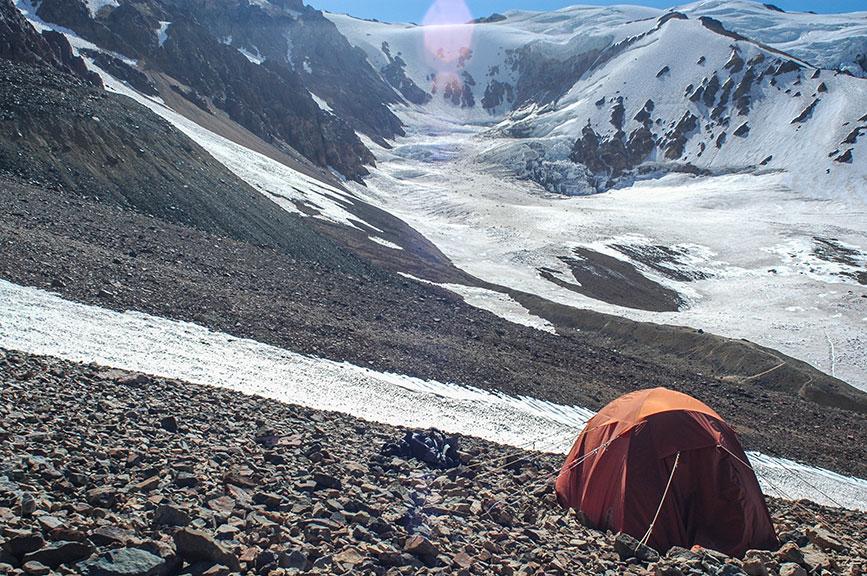 Campamento en Valle de Las Lágrimas